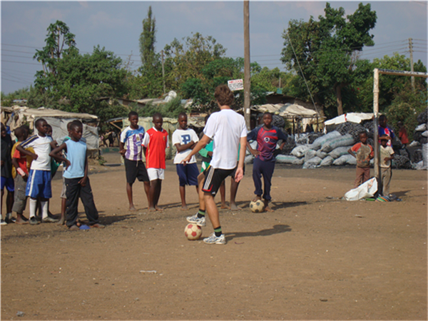 Ole football trening med lokale laget